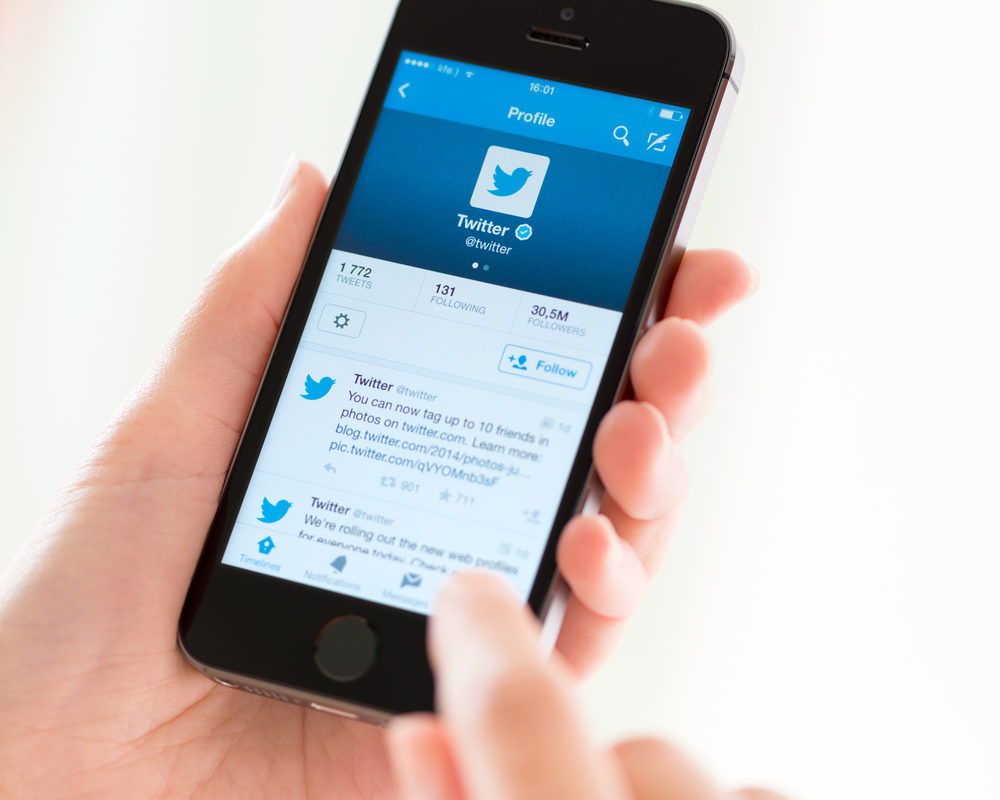 People Like Twitter's Algorithmic Timeline, Going to Become the Default