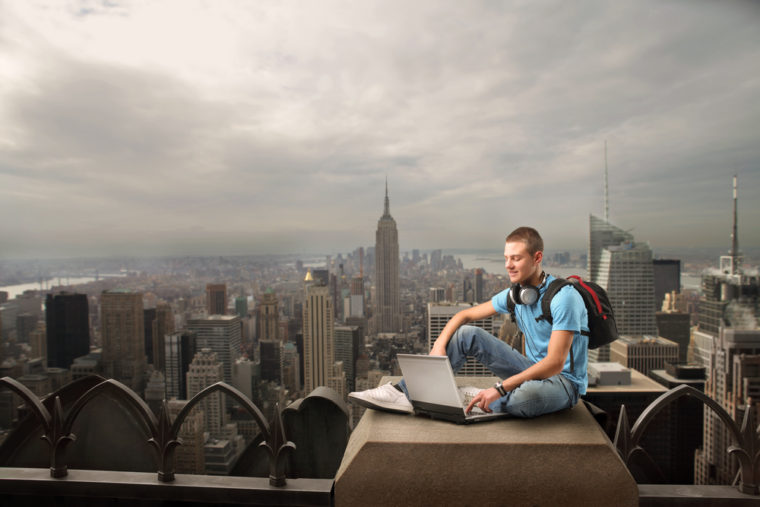 On the Road Again: 5 Tips for a Successful Working Vacation | SEJ