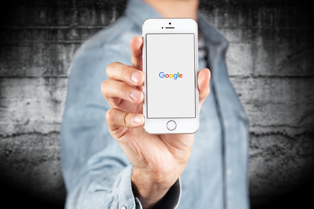 Google App for iOS Updated With Improved Voice Search, Forward Button, + More