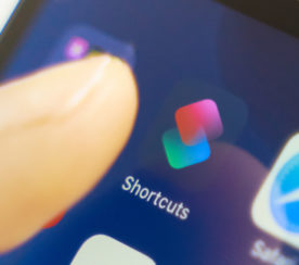 Google Lets iPhone Users Conduct Searches With Siri