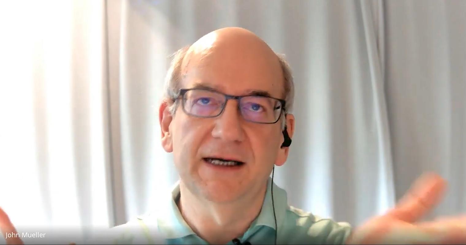 Google's John Mueller Explains Inconsistent Discover Traffic